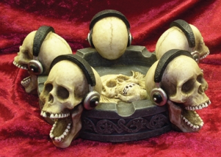 Skull Phones Ashtray